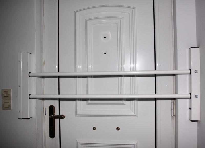 Viometaloumin retractable security doors security bars for French doors main entrance